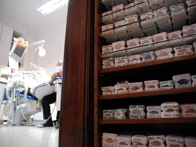 Produse Stomatologice | Instrumente & Unituri Dentare